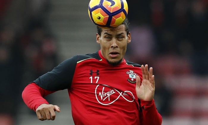 A labdarúgás átadása pletykák: Virgil van Dijk a Manchester Citybe 50 millió fontért?
